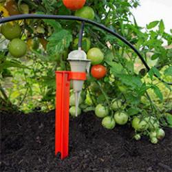 Nous avons composé pour vous des kits d'arrosage goutte à goutte adaptés à vos besoins pour un arrosage optimal. Arrosez votre jardin, vos plantes, vos jardinières, ou encore vos massifs. Nous vous proposons également des kits d'arrosage goutte à goutte prêts à poser avec réserve d'eau, embout incorporé et accroche.