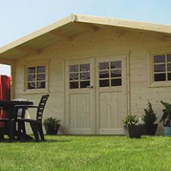 Abris de jardin en bois ou en polycarbonate ayant une superficie de plus de 20 m². Votre abri jardin vous procurera un véritable nouvel espace de vie pour votre extérieur. Vous pourrez y ranger votre matériel de jardinage, vos vélos, votre tondeuse, votre ameublement extérieur en toute sécurité grâce à sa porte verrouillable ou à sa serrure à clés ! Nos abris de jardin en bois sont munis d'un kit d'aération qui permet de ventiler l'air à l'intérieur de l'abri, l'entrée est facilitée grâce à une barre de seuil basse en aluminium.