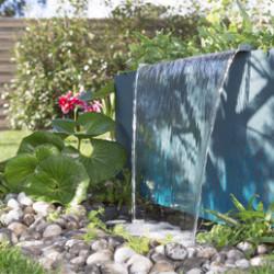Apportez une touche d'éléganceet créez uneambiance zenen installant unbassin et une fontaine dans votre jardin! Nous vous proposons une gamme complète debassins préformés,cascades,jeux d'eau pour étang,bâches à bassinetaccessoires pour l'étang. Les produits sontinnovants, fonctionnels et robustes.