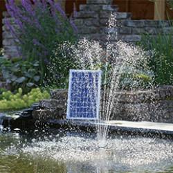 Nous vous proposons toute une gamme d'accessoires indispensables pour la vie du bassin de jardin: l'eau pour rester claire doit être oxygénée avec des pompes à fontaine avec jet d'eau et des filtres pour éliminer les impuretés. La bâche bassin PVC, très facile à poser, offre le meilleur rapport qualité prix. Elle a l'avantage d'être souple ce qui permet de la fixer très facilement. Lefeutre géotextile estsolide et indispensable à la réalisation de votre bassin de jardin, utilisez-le sous la bâche afin de protéger celle-ci des pierres et racines pointures.
