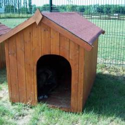 La niche pour chien est idéale pour votre animal de compagnie. Elle s'utilise aussi bien en intérieur qu'en extérieur. Les niches sont disponibles en plusieurs tailles afin de s'adapter à la taille de votre animal.